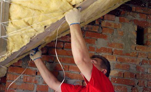 Закрепление минваты на потолке