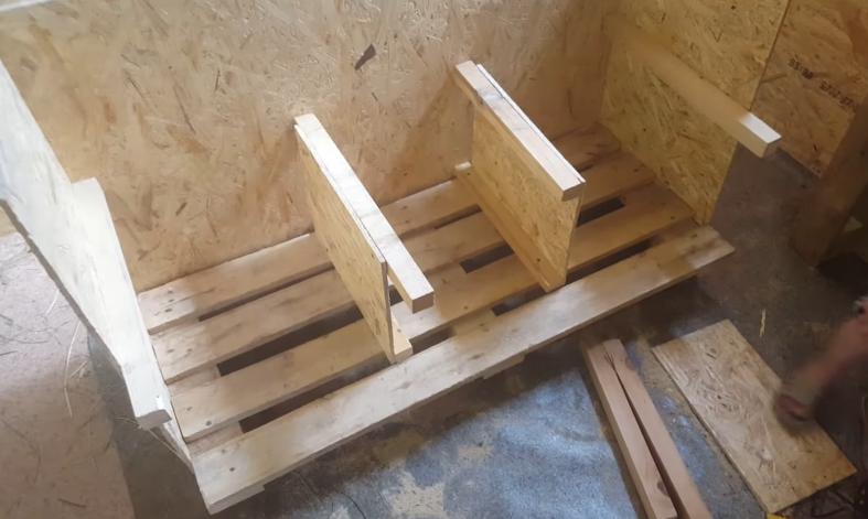 Три стенки и перегородки первого уровня