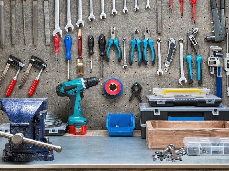 Рекомендуемый набор инструментов для постройки брудера