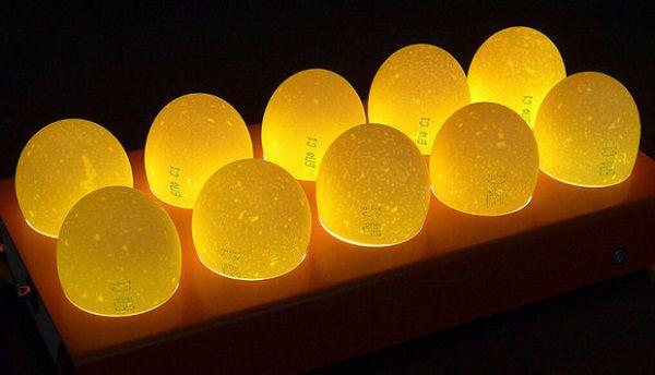 Определение пола цыплят в яйце с использованием овоскопа