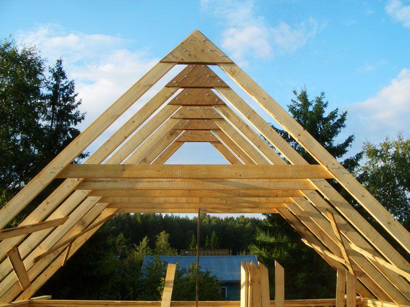 Деревянные стропила для крыши гусятника
