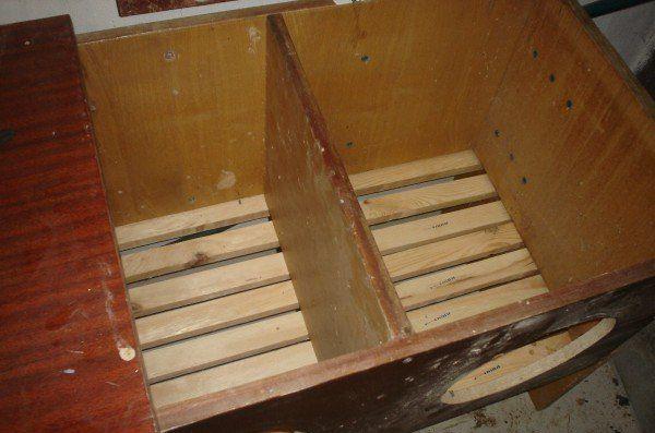 Гнездо и комбинированных материалов