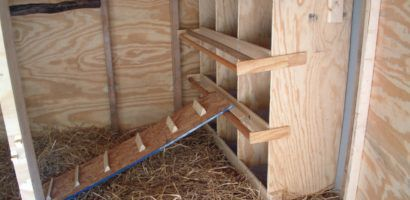 Многоярусная конструкция для гнезд из фанеры и ОСБ плит