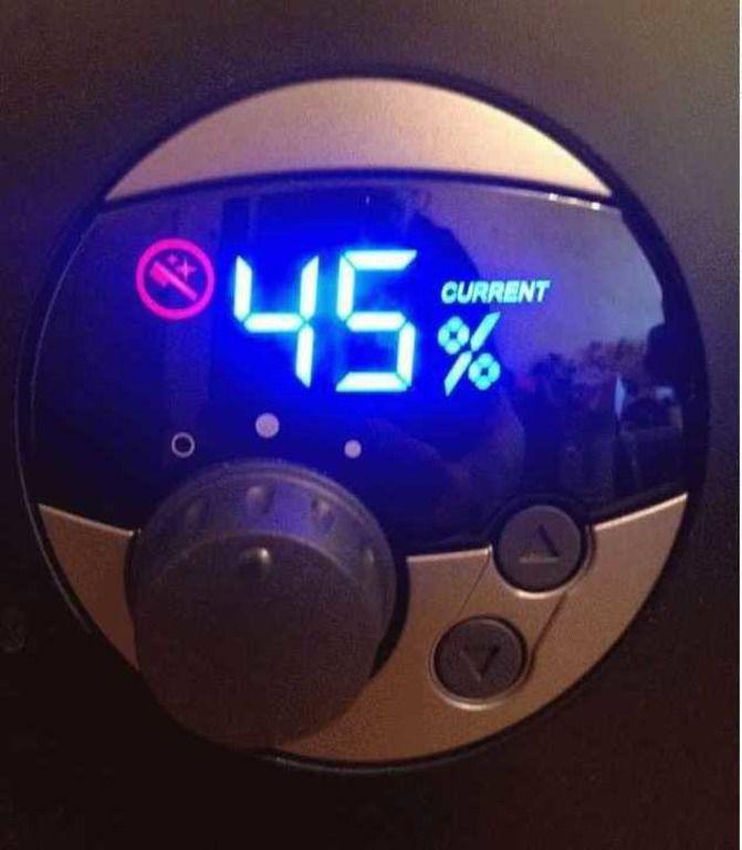 Не следует допускать понижения уровня влажности в курятнике ниже 45%