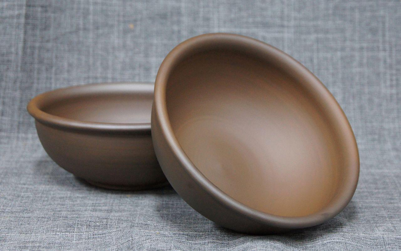 Емкости, сделанные из глины, идеально подходят для замачивания зерна