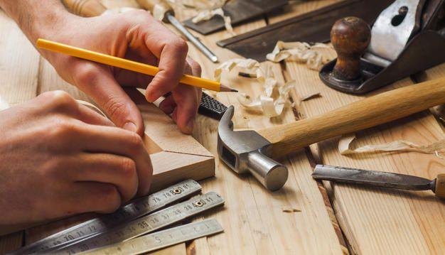 Для строительства потребуются обычные столярные инструменты