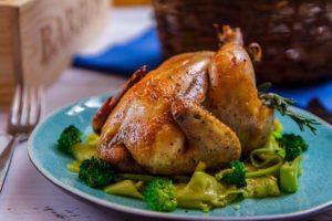 Цыпленок корниш, запеченный в духовом шкафу со специями