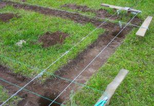 Выемка верхнего слоя почвы