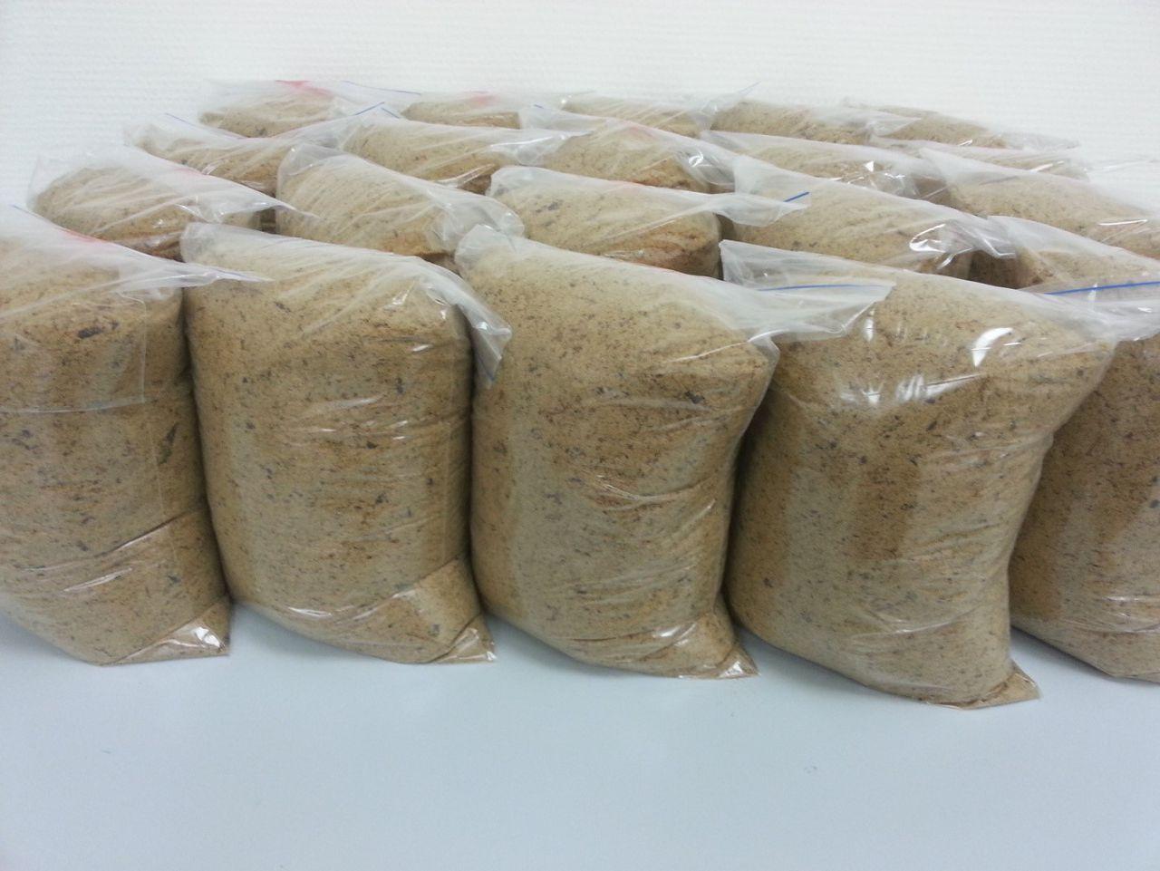 Кормовая добавка с высоким содержанием белка