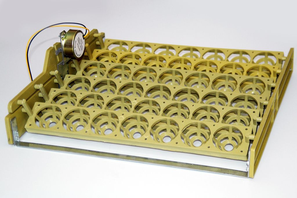 Лотки для яиц с автоматическим переворотом