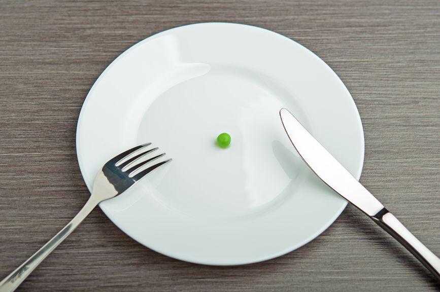 Сразу после отела в течение 7 — 10 дней необходимо снизить питательность кормов