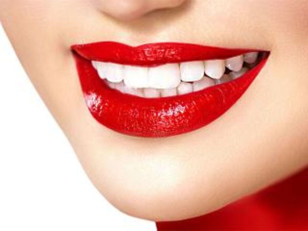 По степени насыщения определенными химическими элементами яичная скорлупа близка к человеческим зубам