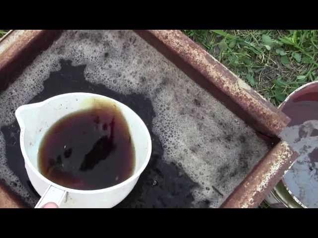 Удобно осуществлять полив мерным ковшом