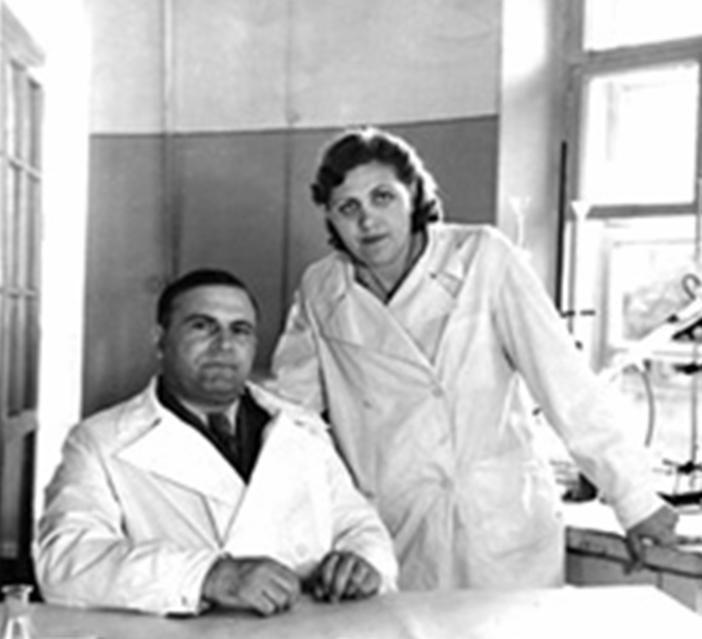 Создатель АСД Дорогов и его жена и помощница