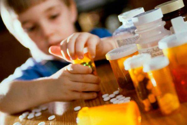 Храните АСД-2 в недоступном для детей месте