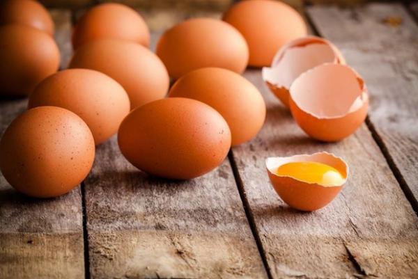 Особо производительные куры дают яйца массой до 100 г