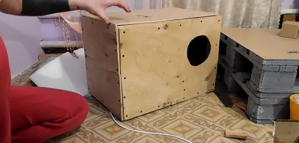 В результате получится вот такая конструкция теплого зимнего маточника, можно заселять самку и потомство