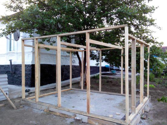 После подготовки всех вышеперечисленных материалов можно будет приступить к строительству