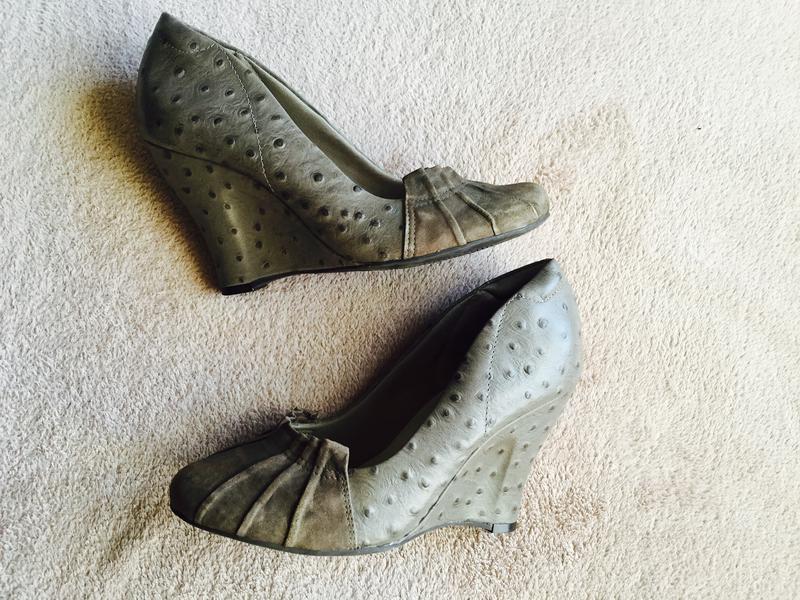 Туфли из страусиной кожи