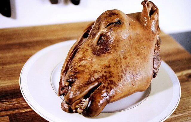 Из бараньей головы готовится оригинальное азиатское блюдо