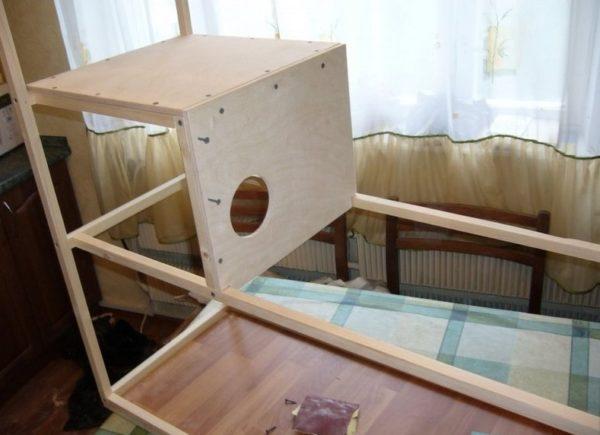 Домик для гнезда