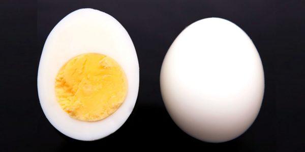 Рецепт для 1-й недели жизни: вареное яйцо, перемешанное с пшеничной крупой или кукурузой